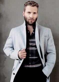 Jai Courtney for mod lux mag