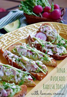TUNA AVOCADO TOAST: Enjoy delicious Albacore with creamy avocado – plus a tangy citrus twist.