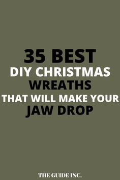 I have been looking a post to help me find a Christmas wreath for this year. I loved this post and it was so helpful! Christmas Wreaths For Windows, Christmas Decorations For The Home, Diy Christmas, Christmas Aesthetic, Decor Ideas