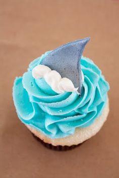 shark cupcake-for the ending of shark week:(