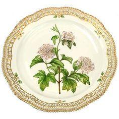 Royal-Copenhagen-Flora-Danica-Viburnum-Opulus-Porcelain-Charger-3529