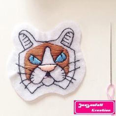 Le chouchou de ma boutique https://www.etsy.com/fr/listing/485956572/patch-grumpy-cat #cat #cats #kitten #acab #allcatsarebeautifull #grumpycat #embroidery #handembroidery #diypatch #feltpatch #ragdoll #Snowshoe #instacat #instapet #miaow #meow #sewed #needle #catsofinstagram #petlove #kitty