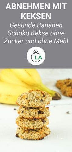 Vegane Kekse ohne Zucker – Gesundes Haferflocken Rezept Do you want to bake vegan cookies without sugar that are healthy and suitable for losing weight? Here's one of the best oatmeal recipes for vegetable cookies. Best Oatmeal Recipe, Healthy Oatmeal Recipes, Healthy Dessert Recipes, Cookie Recipes, Healthy Cookies, Healthy Snacks, Dinner Recipes, Biscuits Végétaliens, Vegan Biscuits