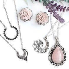 Rose Plugs & Rose Quartz Amulett available in the Shop  layered Ethno…
