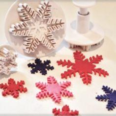 Decupator cu piston, Fulg de Nea, set 3 piese. Xmas, Christmas Tree, Coasters, Holiday Decor, Figurine, Teal Christmas Tree, Christmas, Coaster, Navidad