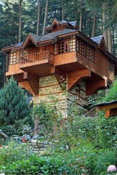 be an interesting shipping container buildWould be an interesting shipping container build Best Tree House Designs 91 White Pine Canyon Rd, Park City, UT 84060 Haus Am See, Cool Tree Houses, Tiny Houses, Tree House Designs, Tower House, Unusual Homes, Cabins And Cottages, Log Cabins, Amazing Architecture