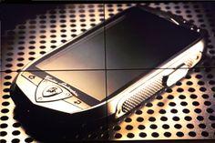 Lamborghini TL700: 2 GB de RAM y LTE casados con el lujo  http://www.xatakandroid.com/p/84763