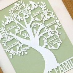 Ideas Family Tree Silhouette Cameo Frames For 2019 Vinyl Projects, Craft Projects, Welding Projects, Family Tree Frame, Family Trees, Family Tree Gifts, Paper Cutting Templates, Cricut Craft Room, Tree Silhouette