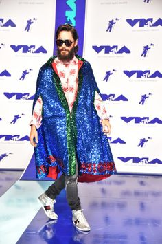 The celebrity attendees at the 2017 MTV VMAs did not disappoint. See the best red carpet looks here. Paris Jackson, Jared Leto, Kendrick Lamar, Bobby Brown, Fashion Fail, Star Fashion, Men Fashion, Hailey Baldwin, Vanessa Hudgens