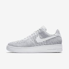 Chaussure Nike Air Force 1 Pas Cher Homme Flyknit Low Gris Froid Blanc Nike Air Force, Air Force 1, Nike Air Max, Dress With Sneakers, Air Max Sneakers, Sneakers Fashion, Sneakers Nike, White Basketball Shoes, Nike Af1