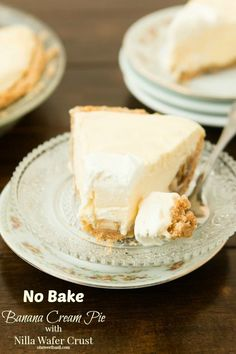 No Bake Banana Cream Pie with Nilla Wafer Crust | This no bake dessert is one of the best cream pie recipes! It's so creamy and flavorful.