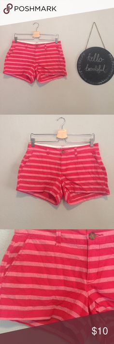 Old Navy Red Striped Shorts Size 4 Size 4 red striped shorts Old Navy Shorts