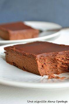 Cyril Lignac& mascarpone and chocolate cake - desserts - Chocolate Pudding Desserts, Chocolate Recipes, Chocolate Cake, Mint Chocolate, Chocolate Chips, Meat Recipes, Gourmet Recipes, Cake Recipes, Dessert Recipes
