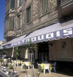 مقهى باسترودسAlexanderia egy Alexandria Egypt, Visit Egypt, Arabic Art, Egyptians, Egyptian Art, My House, 18th, Black And White, Classic
