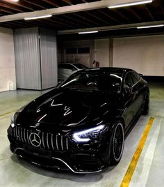 Mercedes Benz – One Stop Classic Car News & Tips Mercedes Benz Amg, Mercedes Auto, Carros Mercedes Benz, Supercars, New Luxury Cars, Lux Cars, Fancy Cars, G Wagon, Sport Cars