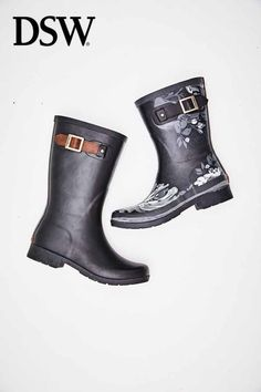 Raincoats For Women Yellow Women's Shoes, New Shoes, Shoe Boots, Shoe Bag, Rain Boots Fashion, Fashion Shoes, Black Jeans Outfit Winter, Buy Boots, Raincoats For Women