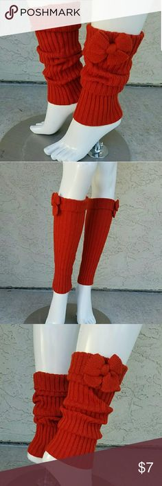 """Ribbed Bow Embellished Brick Leg Warmers MEASURES: 🌺16"""" L x 7"""" Diameter up to 10"""" diameter  CONDITION: Excellent  Ribbed knit leg warmers in a rust color Cuffed at the top and embellished with a bow Accessories Hosiery & Socks"""