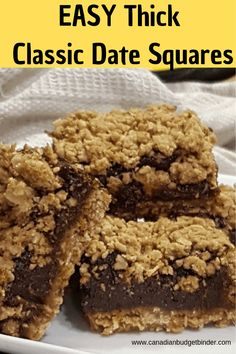 Extra-Thick Classic Date Squares - Canadian Budget Binder - - Date squares are chewy and filled with a date mixture that pairs perfectly with the oatmeal base and crispy oat topping. This is the best date squares recipe ever! Köstliche Desserts, Delicious Desserts, Dessert Recipes, Dinner Recipes, Lord Byron, Baking Recipes, Cookie Recipes, Oven Recipes, Easy Recipes