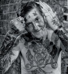 Tercera Edad y los tatuajes (3)