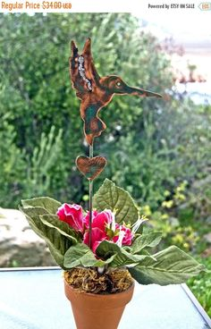 ON SALE Hummingbird Garden Stake / Metal Yard Art / Home Decoration / Metal Garden Art / Copper Garden Art / Metal Bird / Wildlife Sculpture