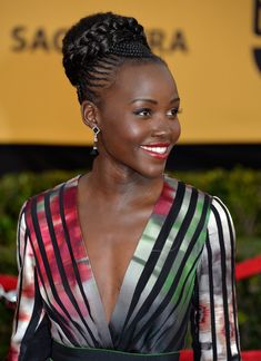 SAG 15 beautiful Lupita