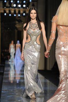 Atelier-Versace-Haute-Couture-Spring-2014