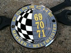 Porsche Weltmeister World Champion 1969 1970 1971 Grille Badge