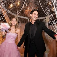 Kaley Cuoco Got Married In A Pink Wedding Dress