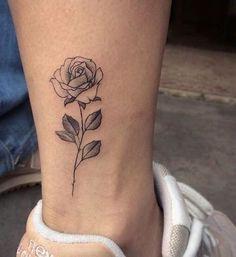 Trendy Tattoos, Mini Tattoos, Body Art Tattoos, Small Tattoos, Tattoos For Guys, Rose Tattoos For Women, Tattoo Guys, Tattoo Sister, Simple Tattoos For Women