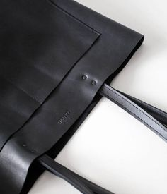 Your place to buy and sell all things handmade Black Leather Tote Bag, Brown Leather Totes, Grand Noir, Cowhide Bag, Unique Bags, Shopper Bag, Rind, Natural Leather, Large Black