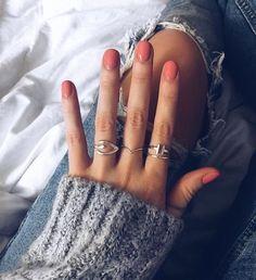Pin von Diana - Nageldesign - Nail Art - Nagellack - Nail Polish - Nailart - Nails - Pin by Diana ᴘɪɴᴛᴇʀᴇsᴘɪɴᴛᴇʀᴇ ↝ gcidmartinez - - Nails Polish, Nail Polish Colors, Shellac Nails, Gel Nail, Hair And Nails, My Nails, Coral Nails, Stars Nails, Nagellack Trends