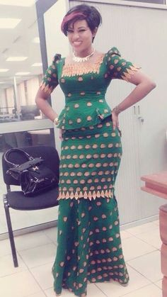 ghanaian fashion women dresses 2016 - style you 7 Dress Clothes For Women, African Dresses For Women, African Print Dresses, African Attire, African Wear, African Fashion Dresses, African Women, African Prints, Fashion Skirts