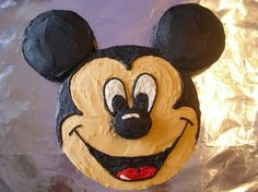 Mickey Mouse cake@Danielle Wakefield