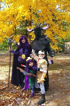 Clash of the Clans Family Costume - Your troops are ready for battle!