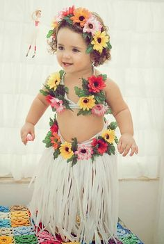 Aloha Party, Moana Birthday Party, Hawaiian Birthday, Luau Birthday, Luau Party, 1st Birthday Girls, Beach Party, Hawaiian Costume, Hawaiian Party Outfit