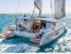 Yacht Charter with Captain and Crew or Bareboat Yacht Rental with Skipper. Luxury Yacht Vacations on ✓ Sailboat Hire ✓ Motoryacht ✓ Catamaran ▷ over 16000 boats Catamaran Design, Catamaran Charter, Sailing Catamaran, Sailing Boat, Yacht Design, Sailing Greece, Yatch Boat, Sailboat Yacht, Luxury Yachts