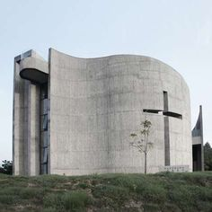 41 Modern Church Designs - From Contemporary Sci-Fi Churches to Curving Concrete Cathedrals (TOPLIST)