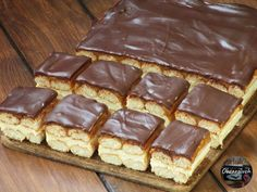 Waffles, Cake Recipes, Recipies, Good Food, Food And Drink, Cooking Recipes, Sweets, Baking, Breakfast