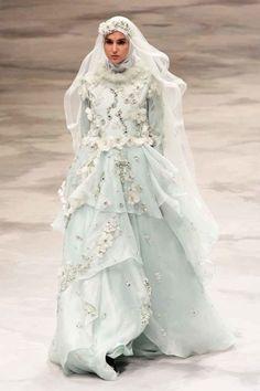 15 Inspirasi Gaun Pernikahan Syar'i Ini Bisa Dicontek, Demi Akad Nan Sakral Tanpa Tapi