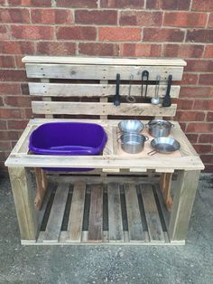 Millie's mud pie kitchen made from old pallets