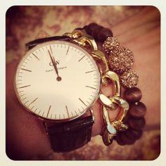 the stylish housewife - daniel wellington watch  http://urbantrait.com/collections/daniel-wellington/products/classic-sheffield-lady-rose  #danielwellington #ladieswatch #classicsheffiled