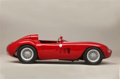 Maserati 300S, Maserati at its peak! One of Sir Stirling Moss' all time favorite race car.