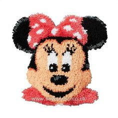 Excellent Photos Latch Hook baby Strategies Latch hook will be a fun, simple build that permits you to make snap shots and by way of knotting co Minnie Mouse, Easy Crafts, Arts And Crafts, Easy Hobbies, Latch Hook Rug Kits, Create Picture, World Crafts, Cross Stitch Supplies, Craft Materials