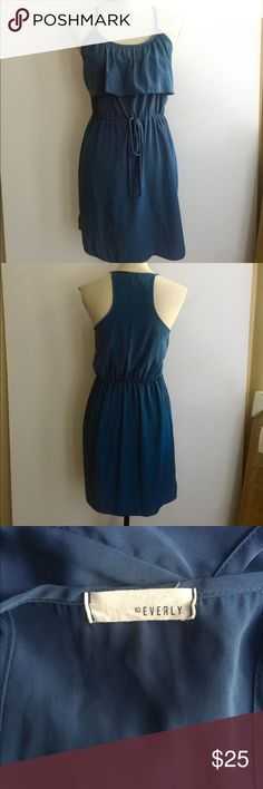 Everly Blue Dress Size Small Sleeveless dress. Front drawstring. Everly Dresses Midi