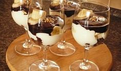 Chocolate Deserts, Mousse, Home Food, Pavlova, Trifle, Sweet And Salty, Mini Cakes, Baked Goods, Sweet Recipes