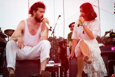 Alex Ebert and Jade Castrinos (Edward Sharpe and the Magnetic Zeros) performing at Bonnaroo on June 16 Edward Sharpe, Foster The People, Playlists, Alex Ebert, Indie Folk Music, George Ezra, Best Love Songs, Free People Blog, Piece Of Music