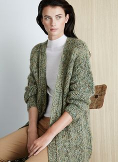 Woollen cardigan with a blend of threads