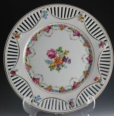 "Schumann Bavaria  (Germany) — ""Dresden"" Flowers Reticulated Plate  (736×749)"