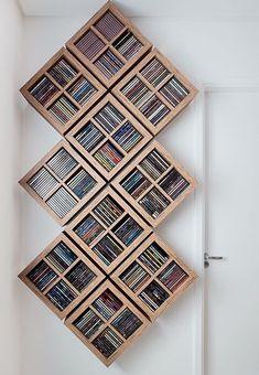Bath room diy rustic storage ideas 34 Ideas for 2019 Dvd Wall Storage, Living Room Storage, Diy Dvd Shelves, Movie Storage, Organizar Dvds, Cd Diy, Rustic Bathrooms, Living Room Designs, Diy Furniture