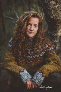 Fair Isle Knitting Patterns, Knitting Stitches, Icelandic Sweaters, Wool Sweaters, Norwegian Knitting Designs, Pullover, Indian Fashion, Knitwear, Knit Crochet